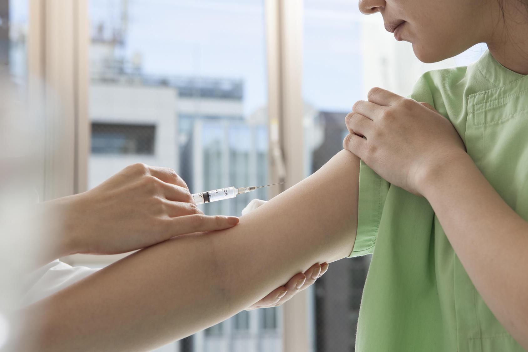 風疹のワクチン接種と妊婦への予防を呼びかけ―先天性風疹症候群の報告を受け